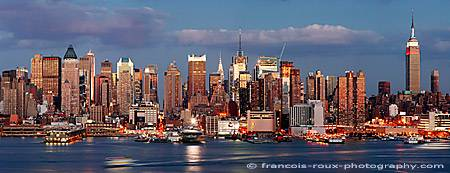 Photo of the New York skyline by Francois Roux