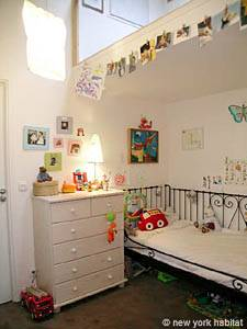 3 Bedroom Rental in Montmartre Sacre Coeur child room