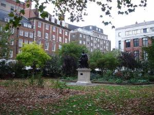 Photo of Queen Anne Square in Bloomsbury, London