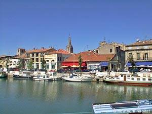 Picture of the Beaucaire, Avignon Region in South France (PR-477)