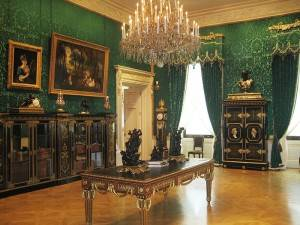 Photo of a room on display in the Wallace Collection
