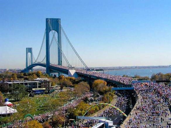 Picture of NYC Marathon runners on the Verrazano-Narrows Bridge
