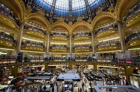 Picture of the Galeries Lafayette's glass dome in Paris