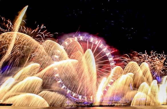 Image of New Year's Eve fireworks at the London Eye