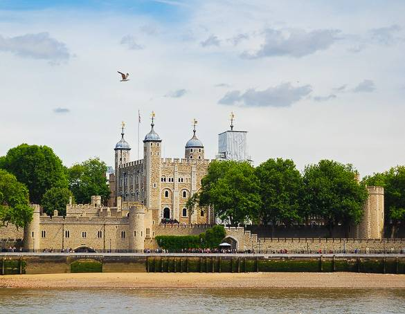 Image of the Thames and Tower of London