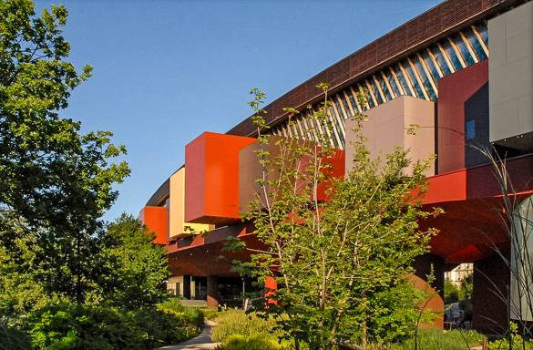 Picture of the Musée du Quai Branly in the 7th Arrondissement of Paris