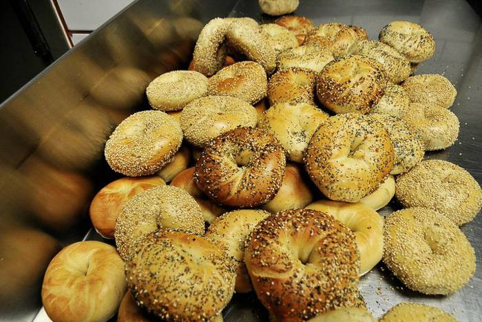 Image of a platter of bagels