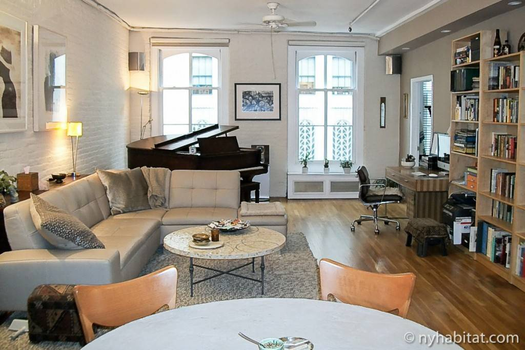 Image of the living room in a Manhattan vacation rental