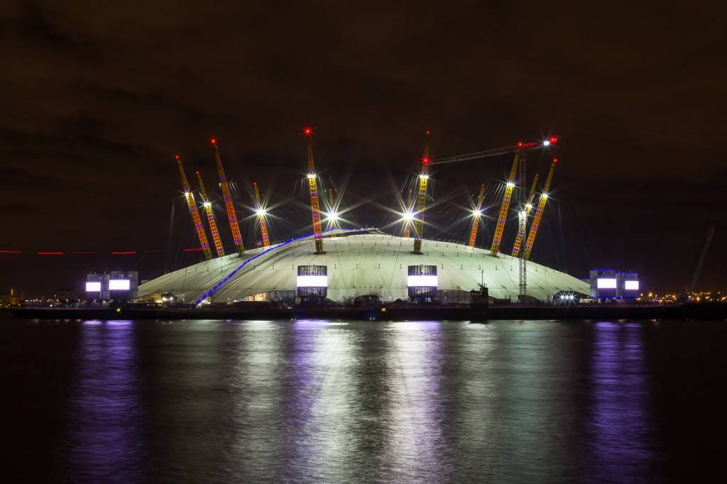 Image of the O2 Arena in Greenwich, London at night
