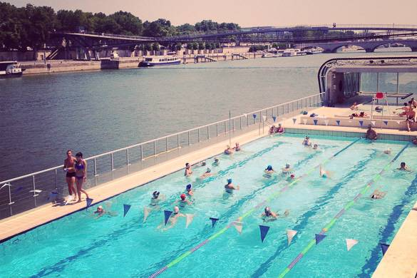 Best places to swim in paris new york habitat blog for Piscine paris