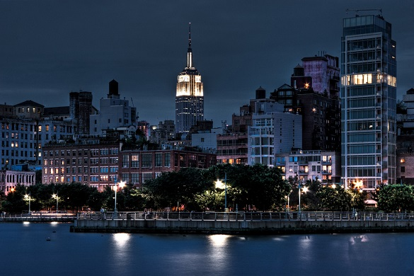 Image of the Manhattan skyline near Chelsea at night