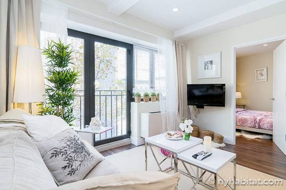 Image of living room of NY-16343 in Midtown West