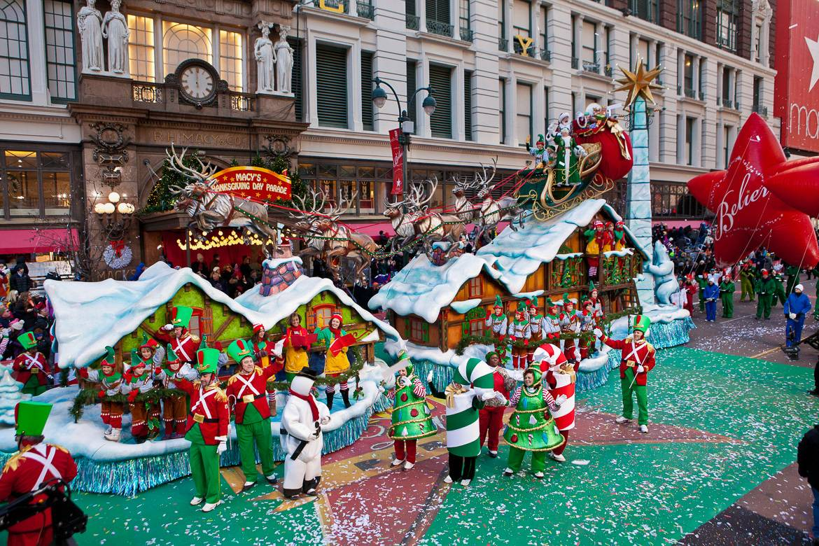 Image of Christmas parade outside of Macy's