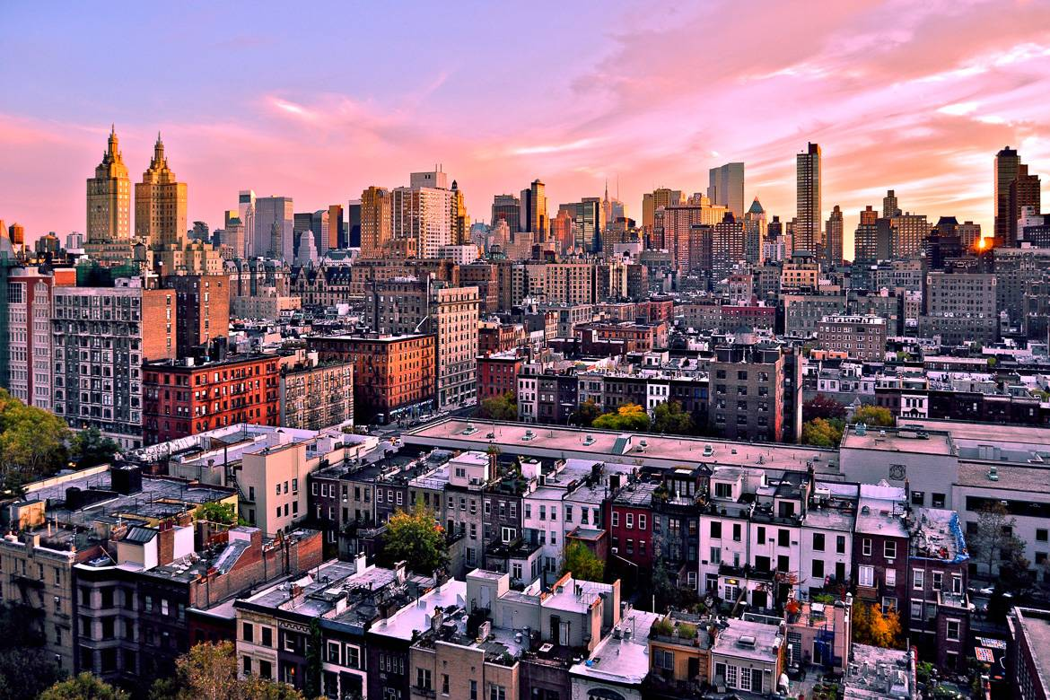 Image of the skyline over the rooftops of the Upper West Side of Manhattan
