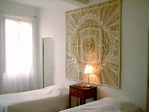 Unterkunft im Bed and Breakfast in Südfrankreich: Vier Schlafzimmer in Avignon (PR-325)