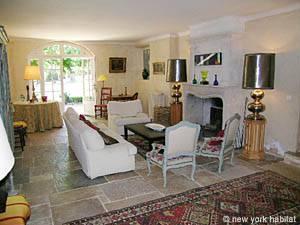 Villa mit sechs Schlafzimmern in La Môle an der Französischen Riviera (PR-743)