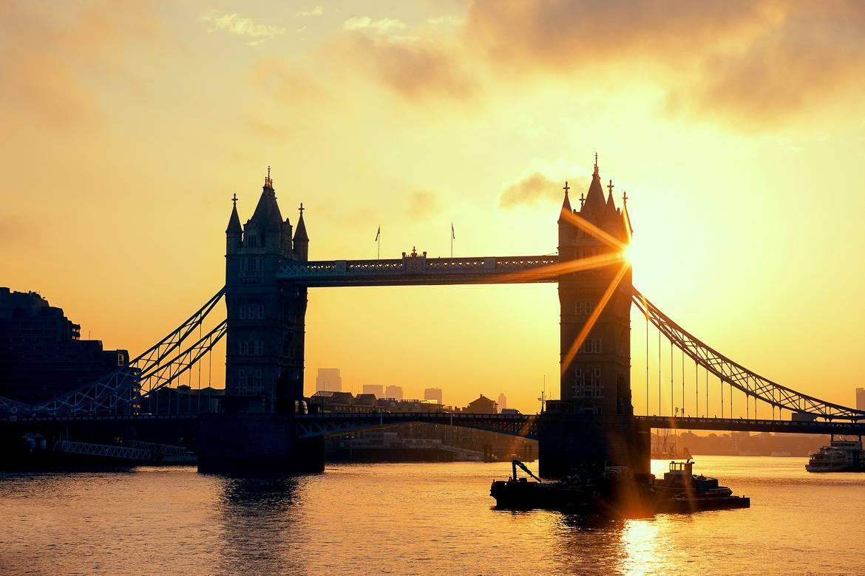 Foto von der Tower Bridge in London.