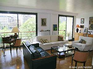 Location meublée à Paris. Photo d'un appartement T3 à la Bastille, Marais (PA-3150)