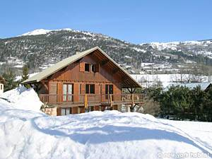 Location meublée dans le sud de la France. Photo d'un chalet T3 à La Salle les Alpes, Alpes du sud (PR-10)