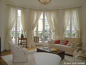 Location de vacances à Paris. Photo d'un appartement T3 à Port Royal, Saint-Michel (PA-3703)