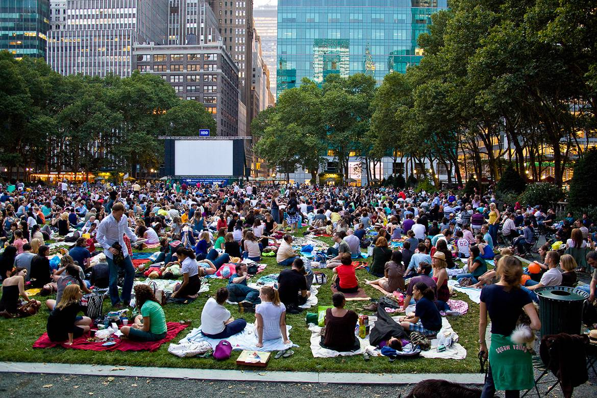 Photo d'une projection de film à Central Park. Photo: Jason Kuffer.