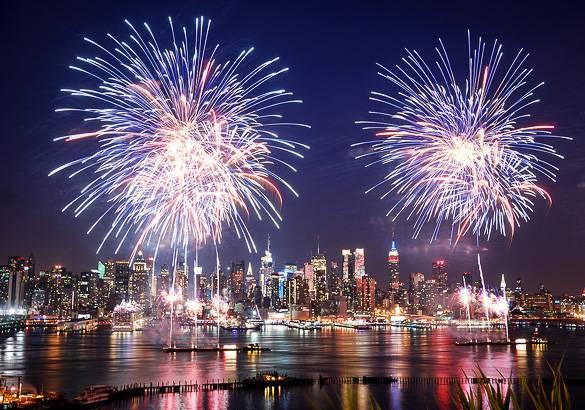 Immagine dei fuochi d artificio del 4 luglio a new york