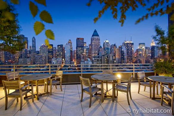 Le migliori terrazze sul tetto degli appartamenti di new york il blog di new york habitat - Apartamentos san fermin new york ...