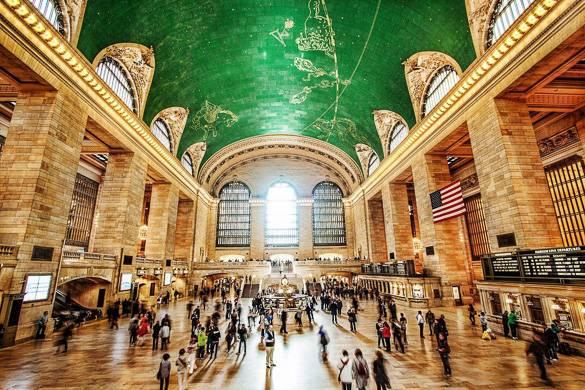 Immagine dell'atrio principale della stazione ferroviaria Grand Central Terminal a New York
