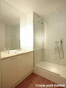 London 2 Bedroom - Loft accommodation - bathroom (LN-247) photo 1 of 2
