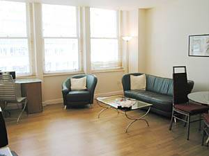 London 2 Bedroom accommodation - living room (LN-288) photo 2 of 3