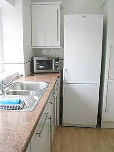London 3 Bedroom accommodation - kitchen (LN-295) photo 4 of 4