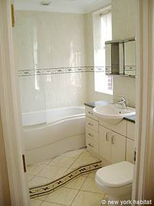 London 3 Bedroom accommodation - bathroom 3 (LN-306) photo 1 of 1