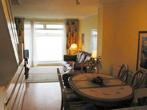 London - 3 Bedroom accommodation - Apartment reference LN-373