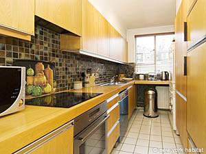 London 2 Bedroom accommodation - kitchen (LN-422) photo 1 of 2