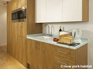 London Studio accommodation - kitchen (LN-446) photo 1 of 1
