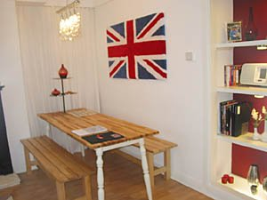 London 3 Bedroom - Duplex accommodation - living room (LN-500) photo 4 of 5