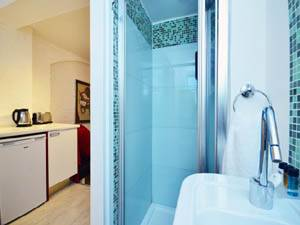 Londres Studio T1 appartement location vacances - salle de bain (LN-506) photo 1 sur 2