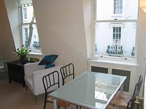London 2 Bedroom - Duplex apartment - living room (LN-529) photo 3 of 4