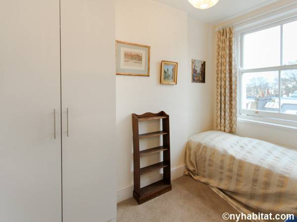 London 2 Bedroom apartment - bedroom 2 (LN-591) photo 1 of 3