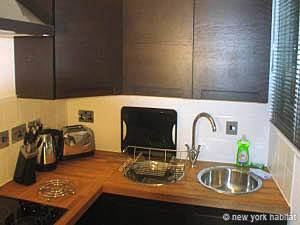 London 2 Bedroom apartment - kitchen (LN-726) photo 1 of 1