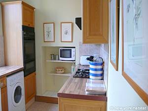 London 2 Bedroom accommodation - kitchen (LN-786) photo 1 of 2