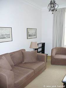 London 2 Bedroom accommodation - living room (LN-786) photo 1 of 1