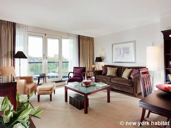 London - 2 Bedroom accommodation - Apartment reference LN-850