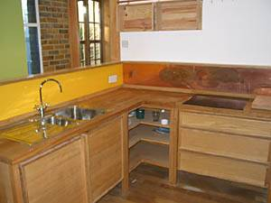 London 1 Bedroom accommodation - kitchen (LN-865) photo 1 of 3