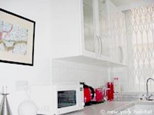 London 2 Bedroom accommodation - kitchen (LN-976) photo 1 of 3