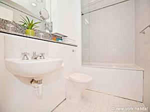 Londres Studio T1 appartement location vacances - salle de bain (LN-979) photo 1 sur 1