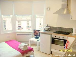 Studio Apartment London london accommodation: studio apartment rental in soho (ln-1014)