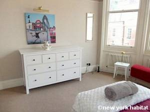 London 2 Bedroom accommodation - bedroom 2 (LN-1052) photo 2 of 3