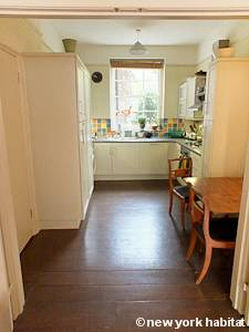 London 2 Bedroom - Duplex accommodation - kitchen (LN-1054) photo 1 of 5