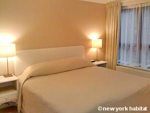 London 1 Bedroom accommodation - bedroom (LN-1109) photo 1 of 1
